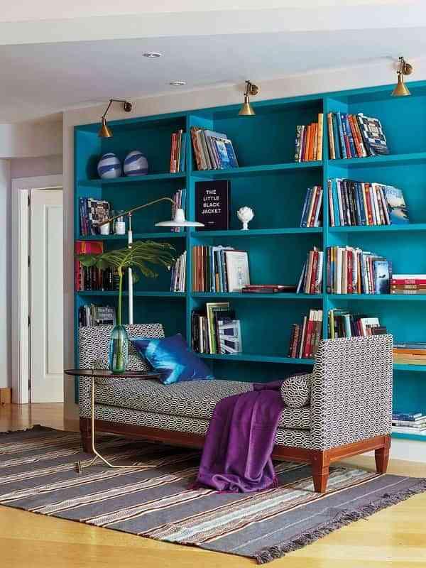 Salones pequeños - librerías iluminadas