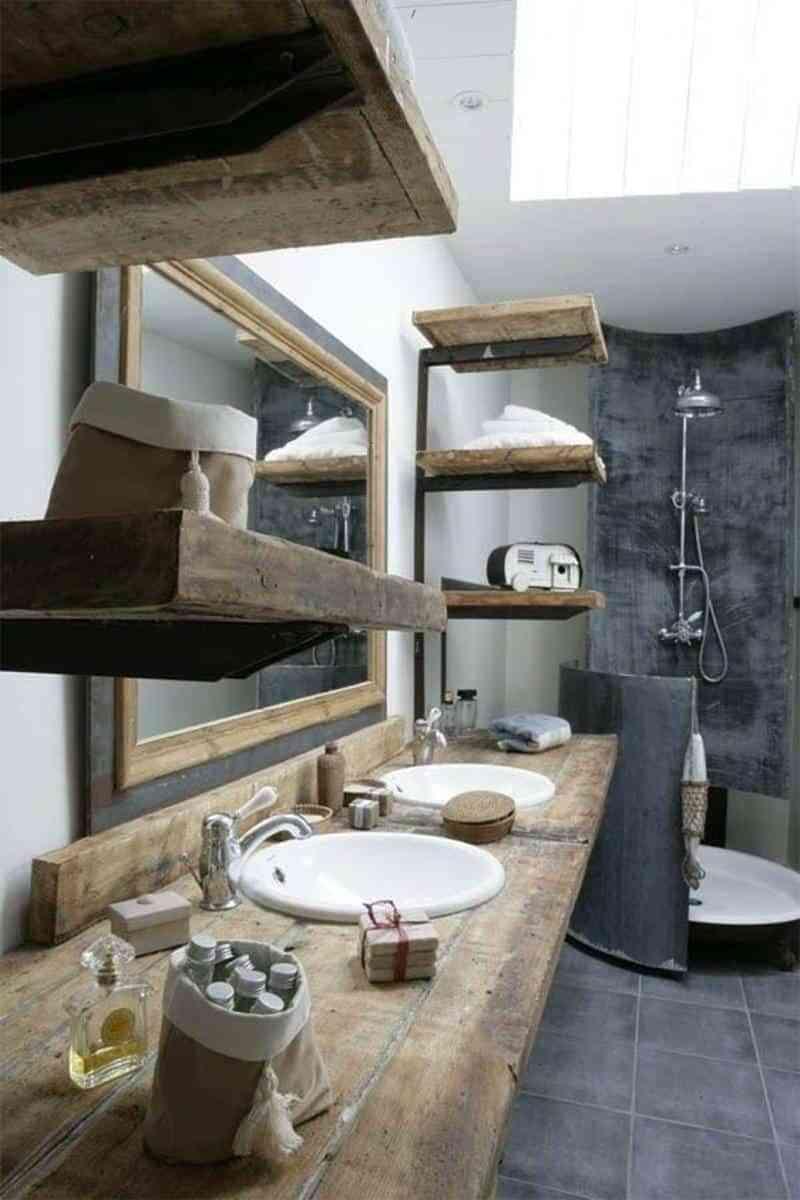 baños rústicos - estantes madera