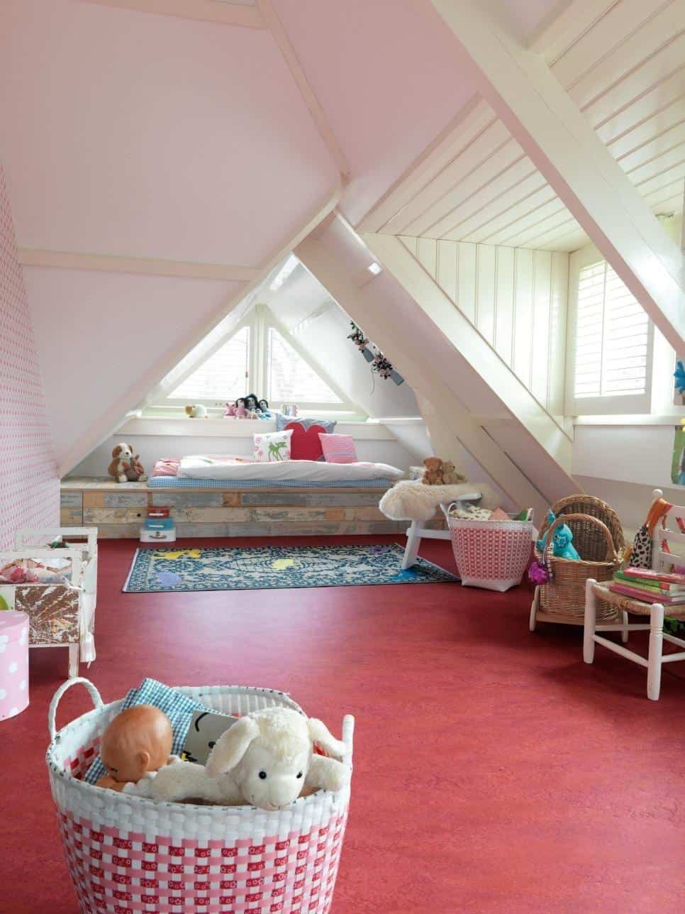 Linoleum floors in children's bedrooms