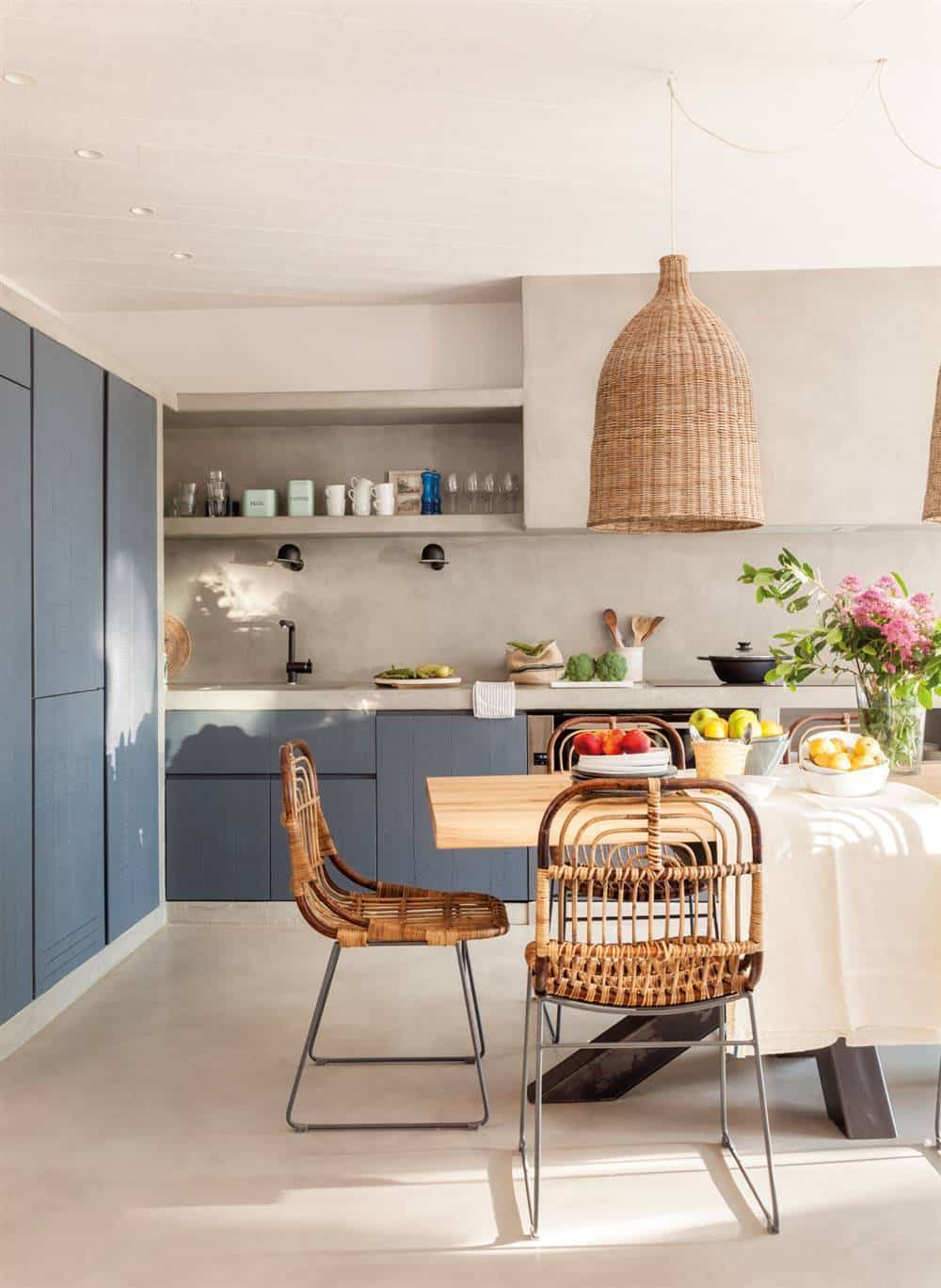 Kitchens with microcemento