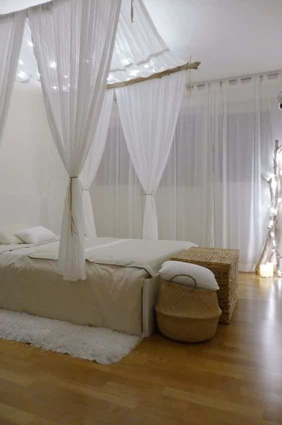 make a canopy for bed V