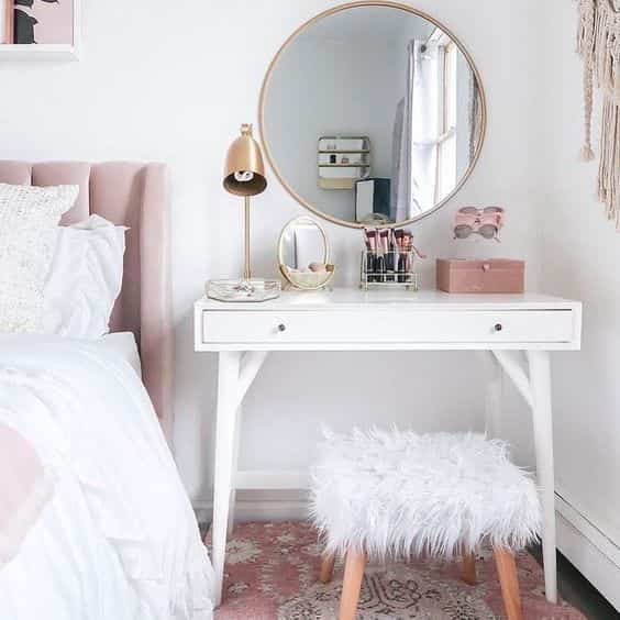 dressing table in the bedroom
