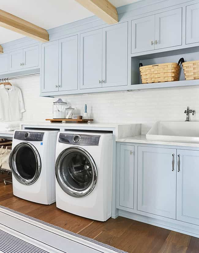 Cómo planificar una zona de lavandería en casa práctica y con glamour