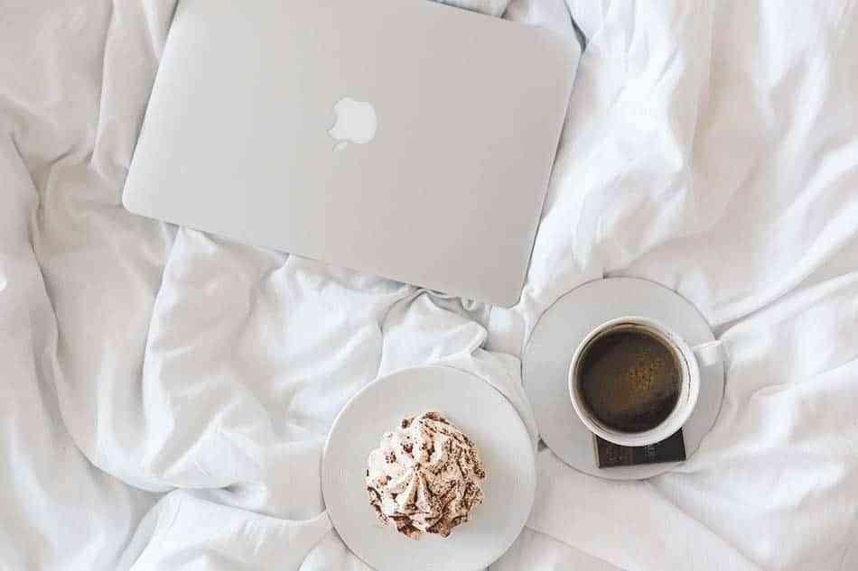 ordenador, cama, tableta