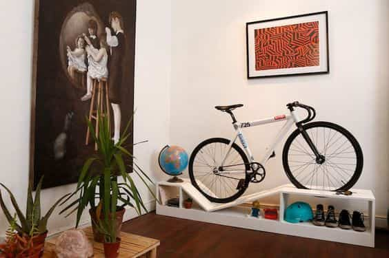 guardar la bicicleta en casa X