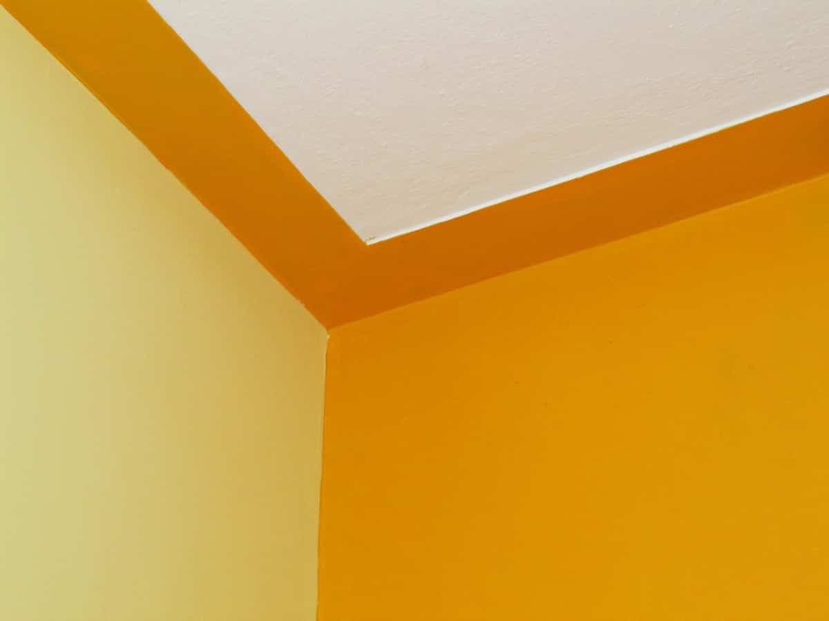 color amarillo