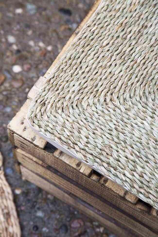 ideas fáciles de reciclaje, palets, alfombras fibras