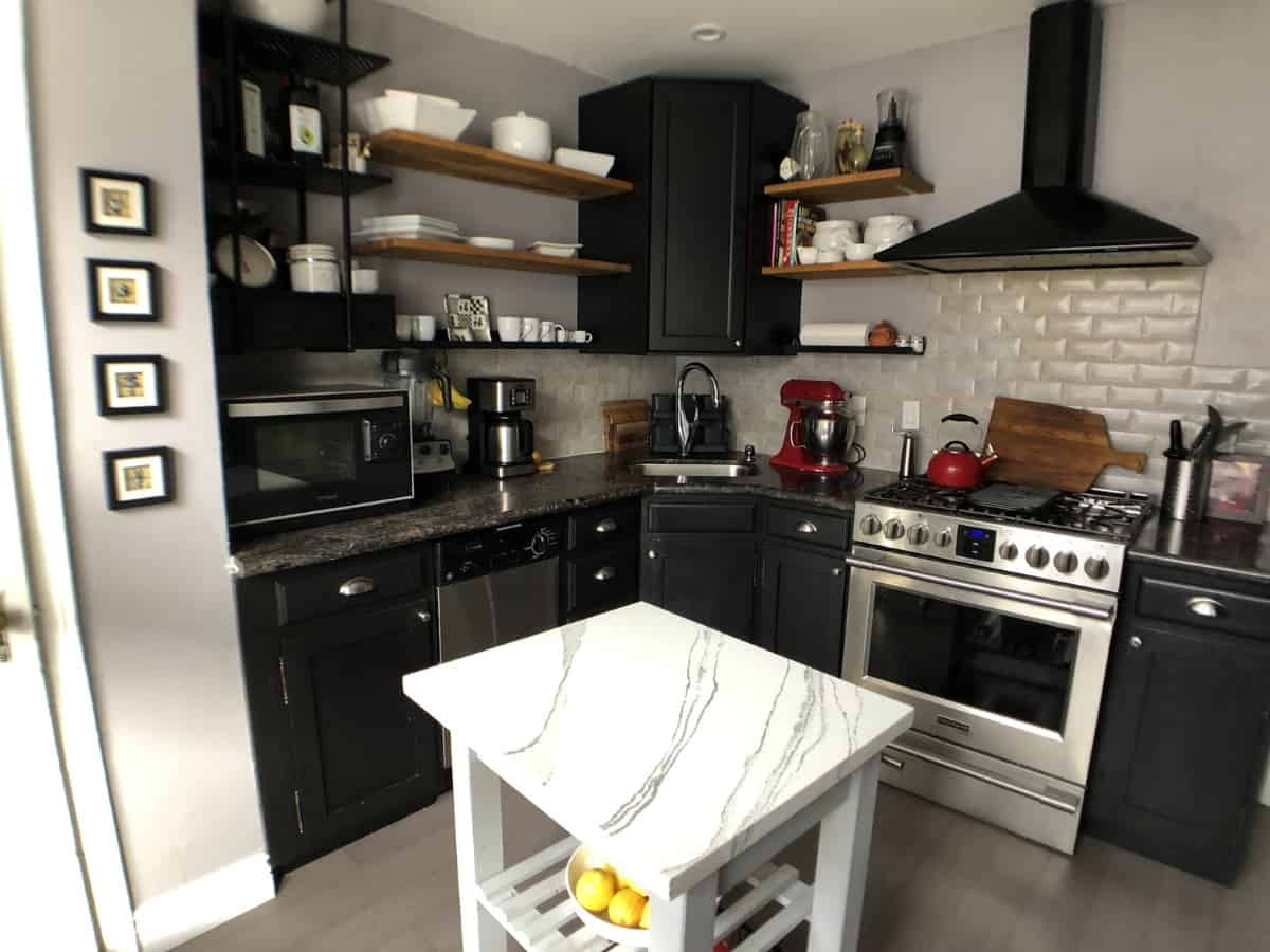 cocinas pequenas blanco y negro