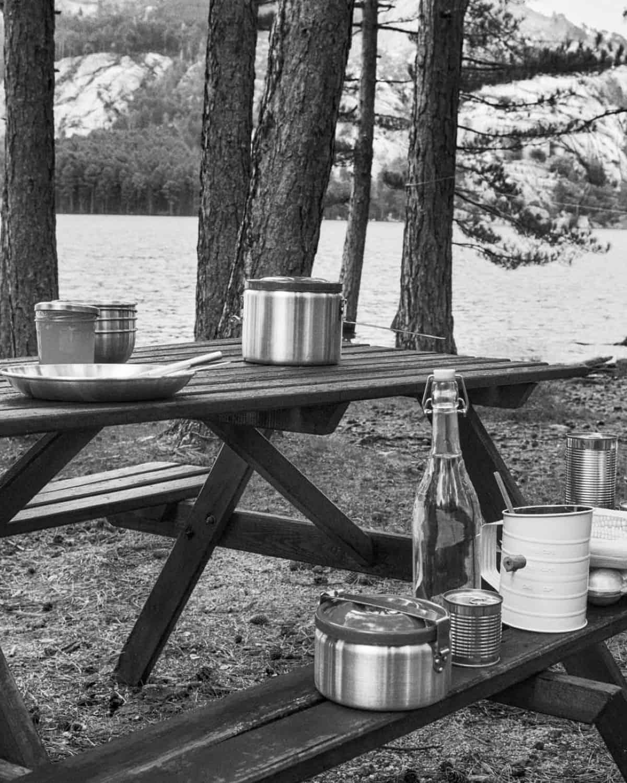 utensilios para acampar al aire libre