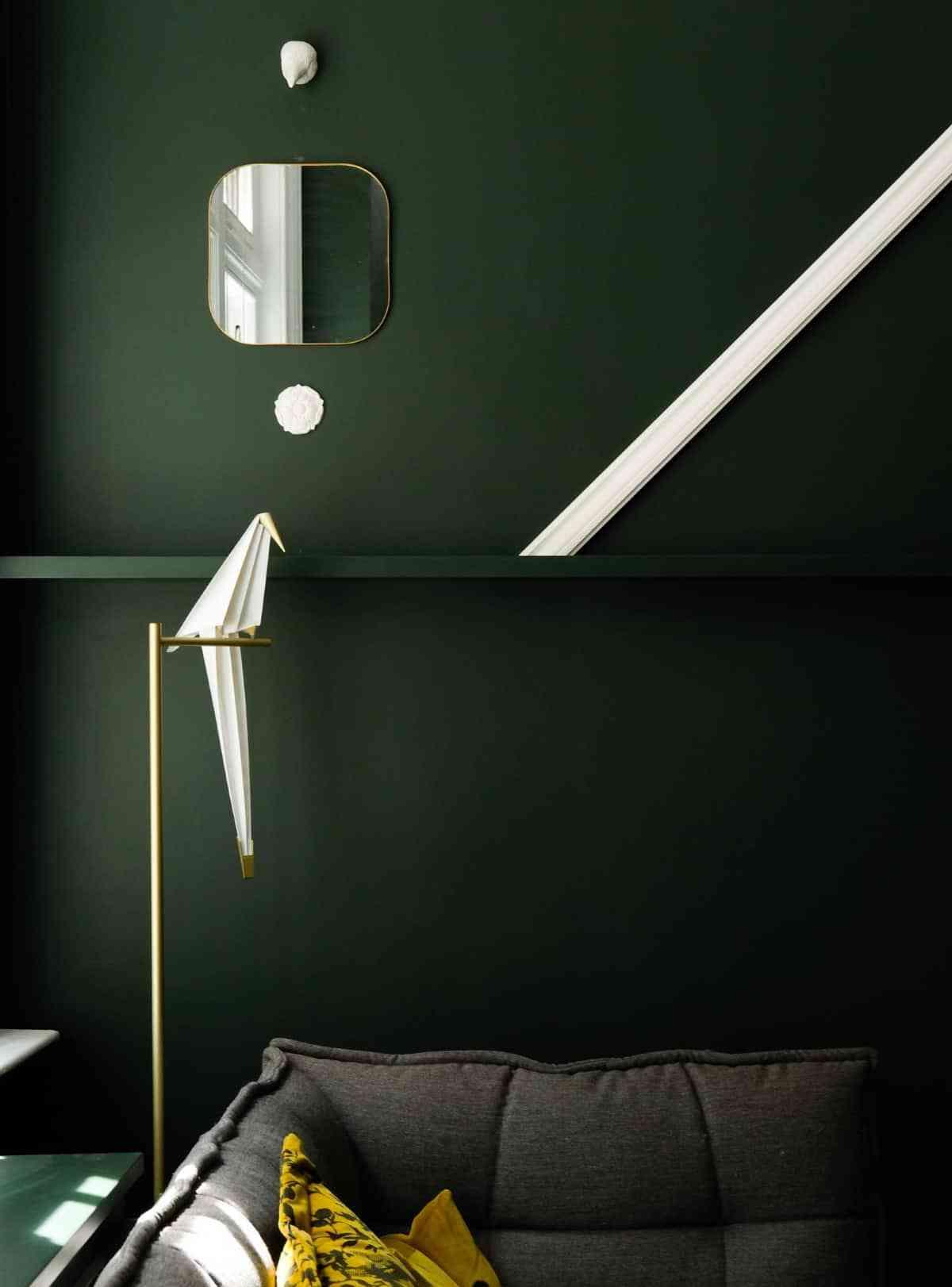 combinar tonalidades de verde oscuro