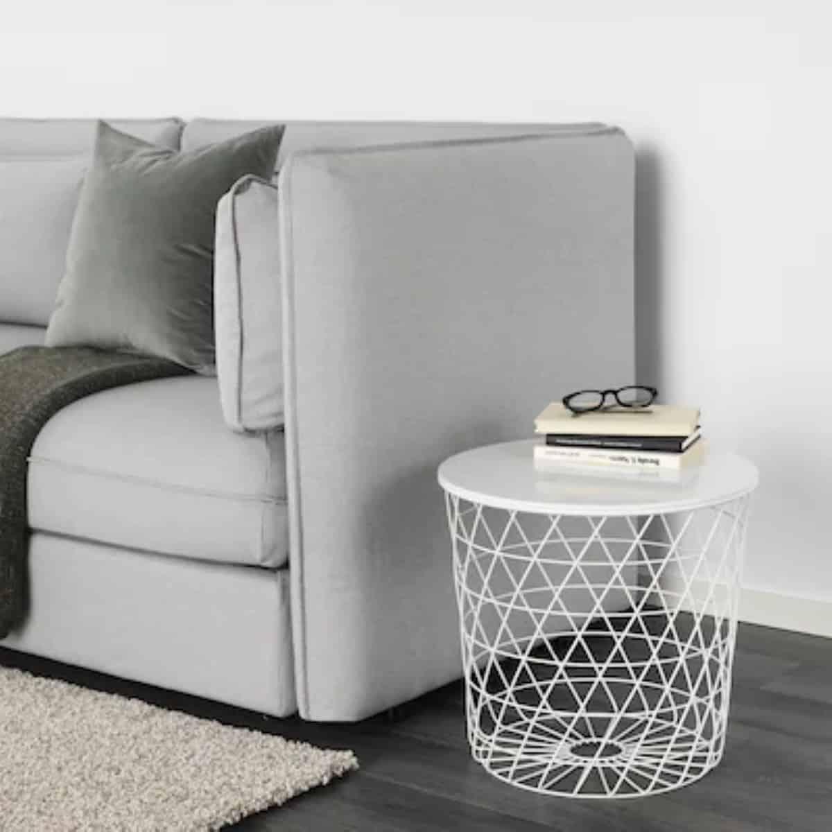 mesa con almacenaje en color blanco ikea