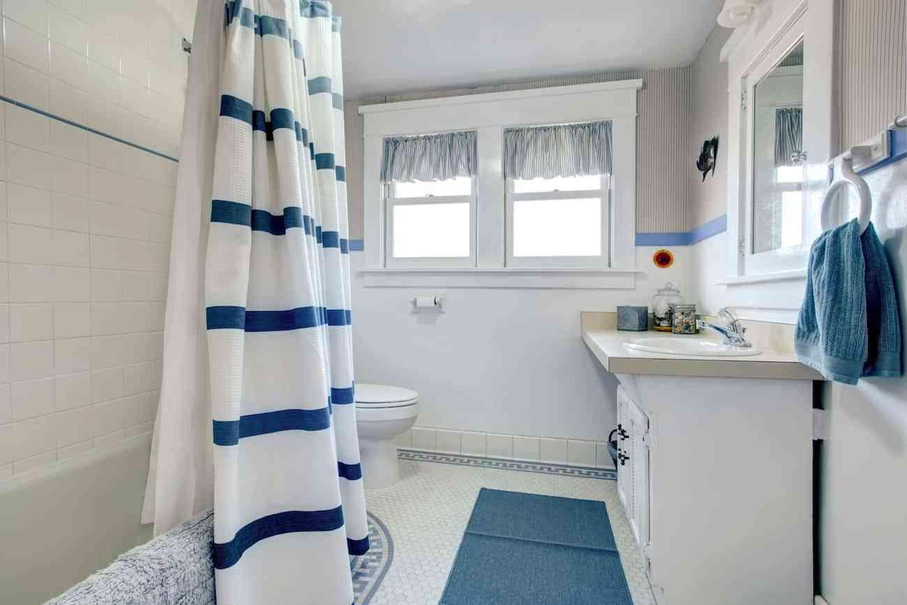En la bañera… ¿Cortinas o mamparas? - Decoración de Interiores ...