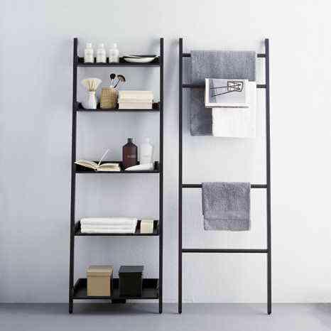 Una escalera o una estanter a decoraci n de interiores - Estanteria escalera casa ...