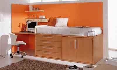 Un dormitorio juvenil en poco espacio decoraci n de for Muebles poco espacio