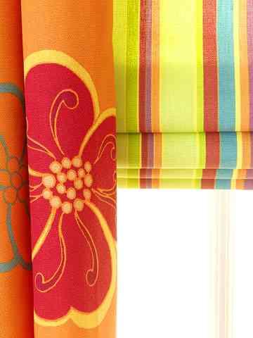 cuarto-naranja-cortinas.jpg