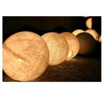 Lámpara de fibra natural