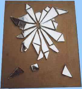 Mosaico de fragmentos de espejo