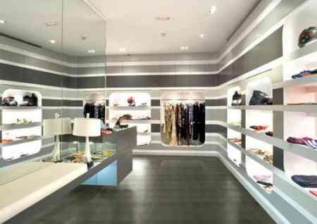 Tienda de ropa Tienda-ropa-complementos-futurista-land