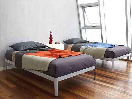 camas gemelas modernas DWR