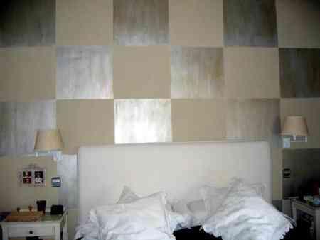 reflejos nacar en la pared del dormitorio iz decoracion