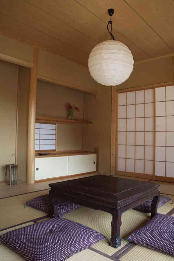 tatami-room-711304.jpg