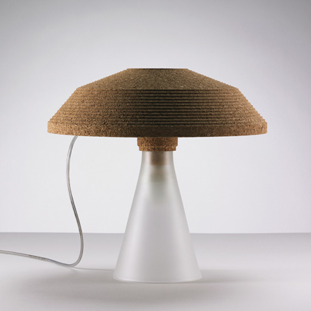 plug-by-tomas-kral-table_lamp_off.jpg