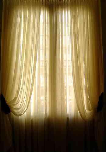 Ideas econ micas para renovar los ambientes decoraci n - Telas economicas para cortinas ...