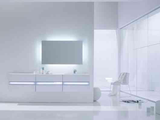 Lamparas Para Baños Minimalistas:light es un set de muebles para baño bajolavabo y espejo que explota