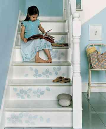 Ideas para decorar tu escalera 1