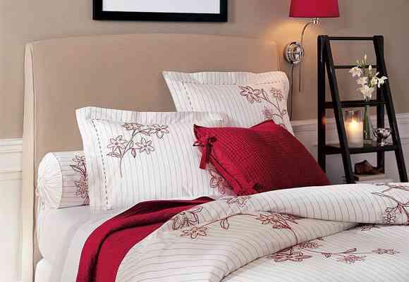 Originales mesitas de luz para tu dormitorio 6