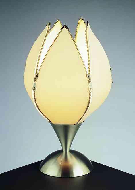Tulip: una lámpara con forma de tulipán 2
