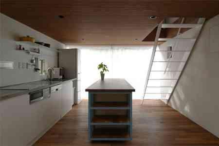 sandwich_casa_decoracion_estrecha_minimalista (5)