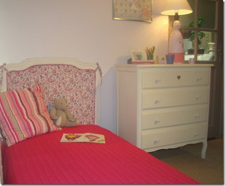 Cute-beds-for-nice-girls-room-designs-from-Maman-m'adore-3-554x456