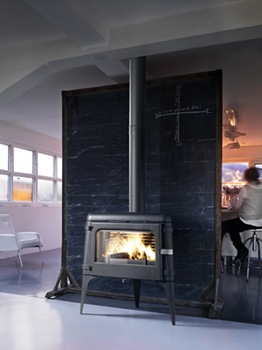 cool-wood-stove-wood-burning-cast-iron-invicta-luna