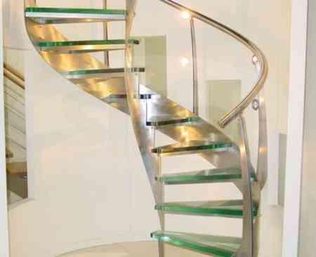 escaleras2-1600x1200