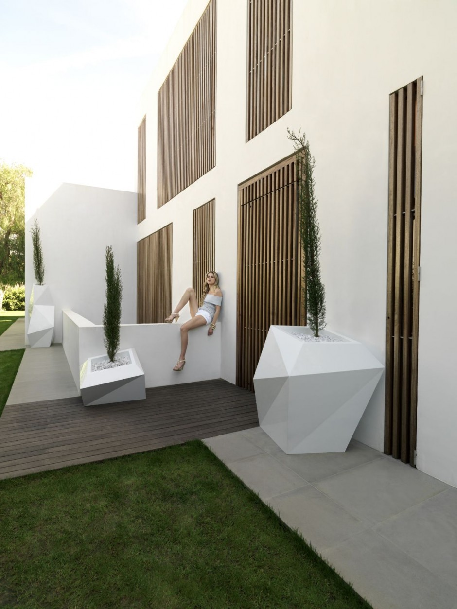 FAZ: macetas y muebles de diseño para tu jardín 1