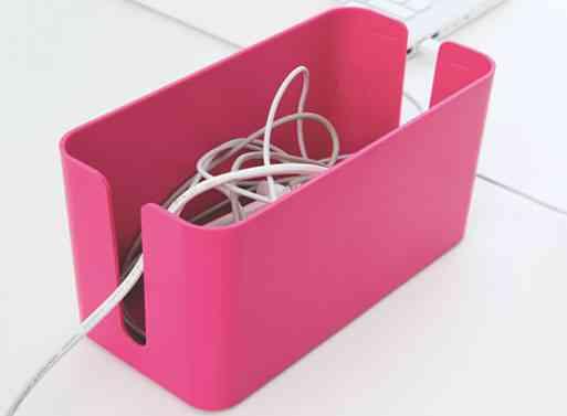 Cablebox mini una caja donde esconder los cables decoraci n de interiores opendeco - Caja para ocultar cables ...