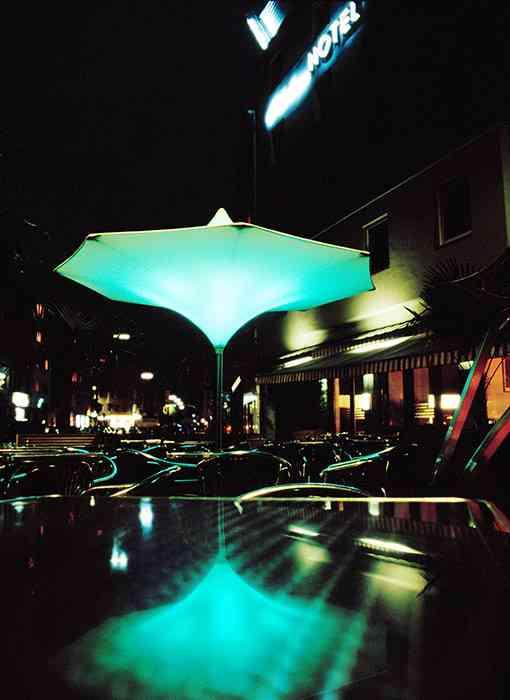Juri G: una sombrilla que ilumina 3
