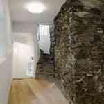 Piedra y madera como elementos decorativos 2