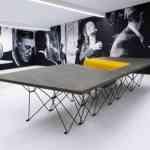 SitTable, una mesa con sillas incorporadas muy moderna 7