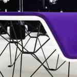 SitTable, una mesa con sillas incorporadas muy moderna 9