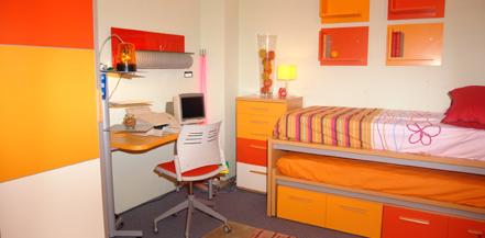 Decora tu dormitorio juvenil con los muebles de bautista for Muebles bautista abadino