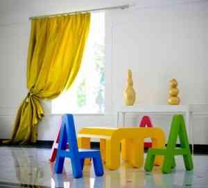Didácticos muebles infantiles con formas de letras 1