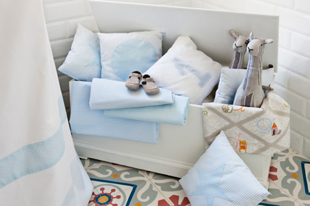 Ka internacional viste de cl sico los dormitorios infantiles y juveniles decoraci n de - Ka internacional papel pintado ...