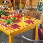 Mesa reciclada con azulejos 1