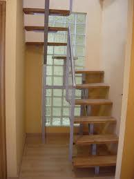 Escaleras un elemento arquitect nico decoraci n de - Escaleras poco espacio ...