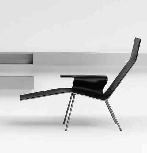 Minimalismo en esta silla de cuero 3