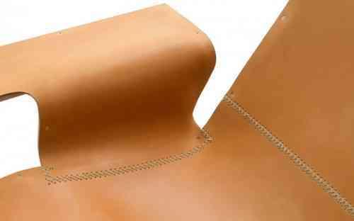 Minimalismo en esta silla de cuero 2