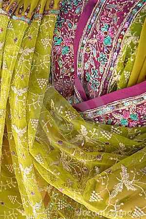 Telas con mucho colorido decoraci n de interiores opendeco - Telas de la india online ...