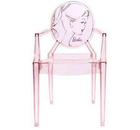 Una vuelta a la infancia con una silla de Barbie 1